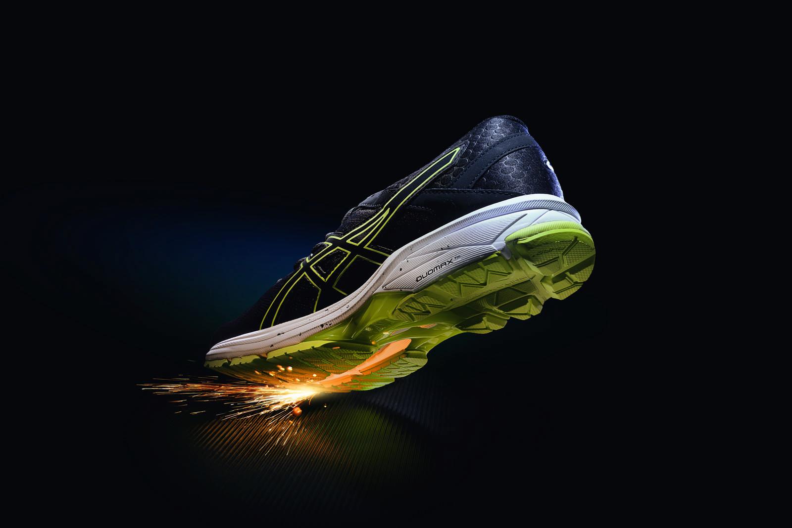亞瑟士運動鞋商品攝影